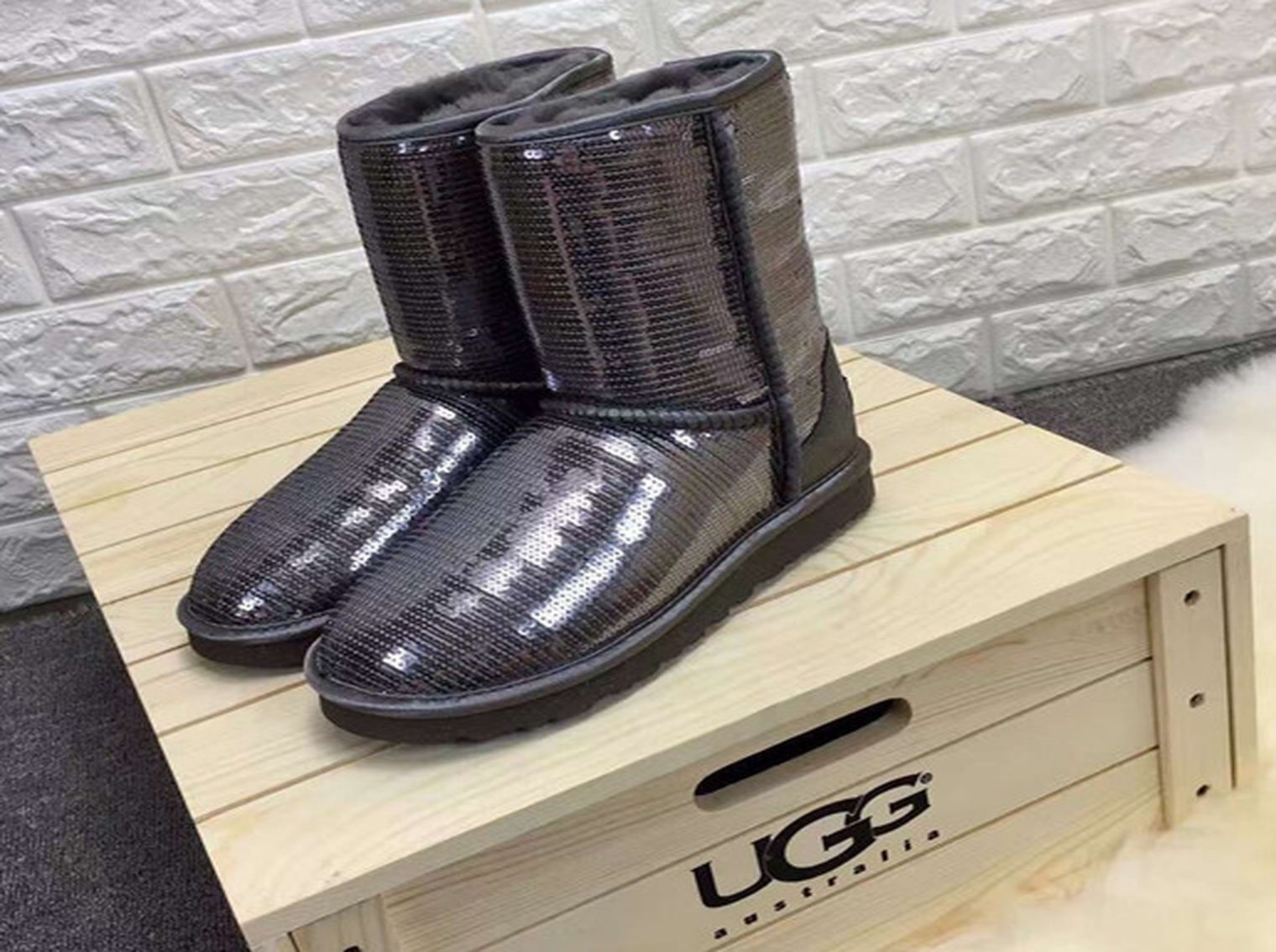uggs-a234-1