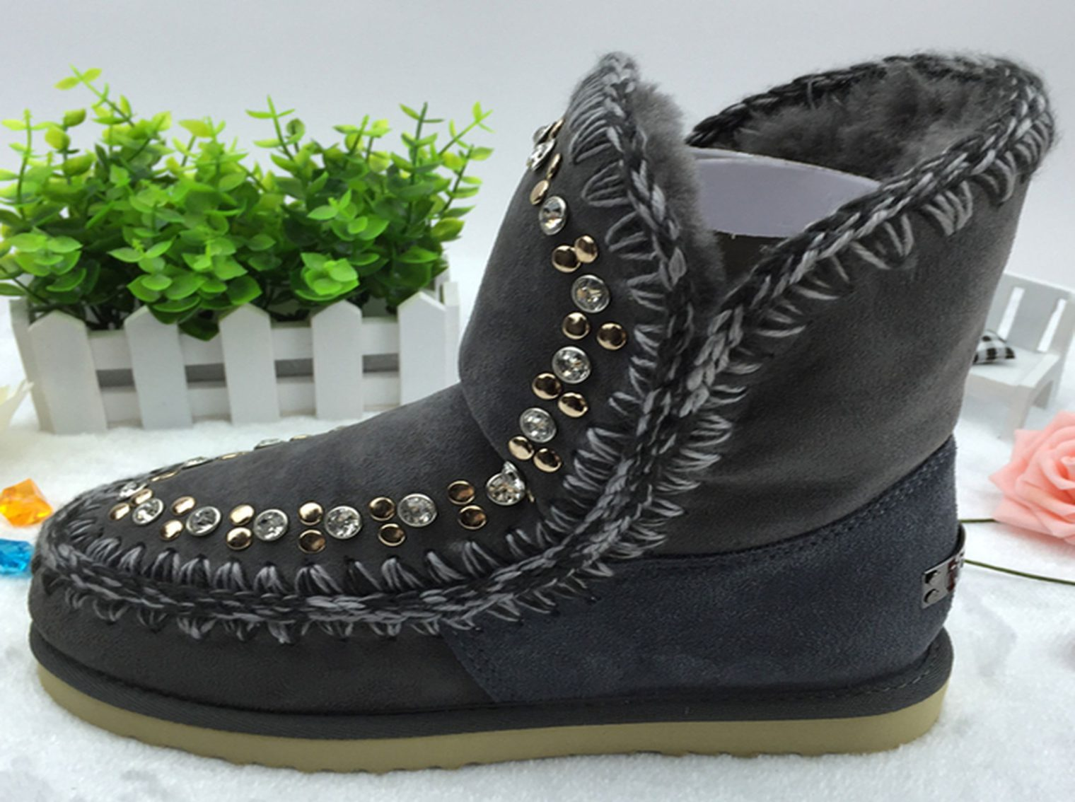 uggs-mou-a227-3