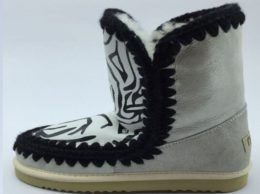 uggs-mou-a230-12